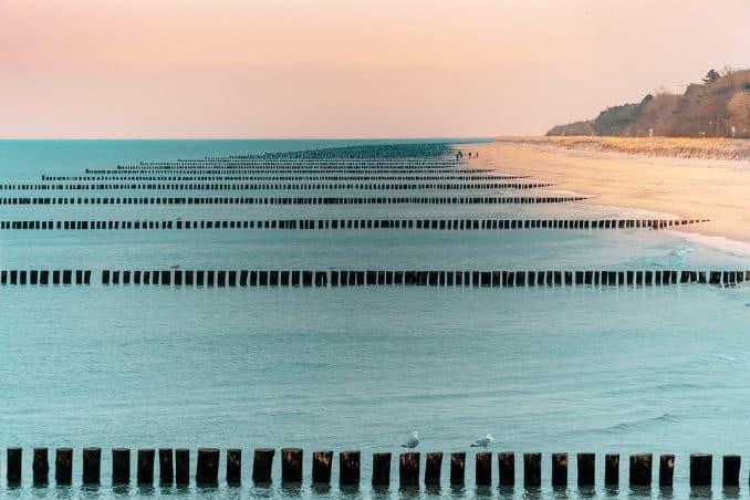Zingst Strand mit Buhnen