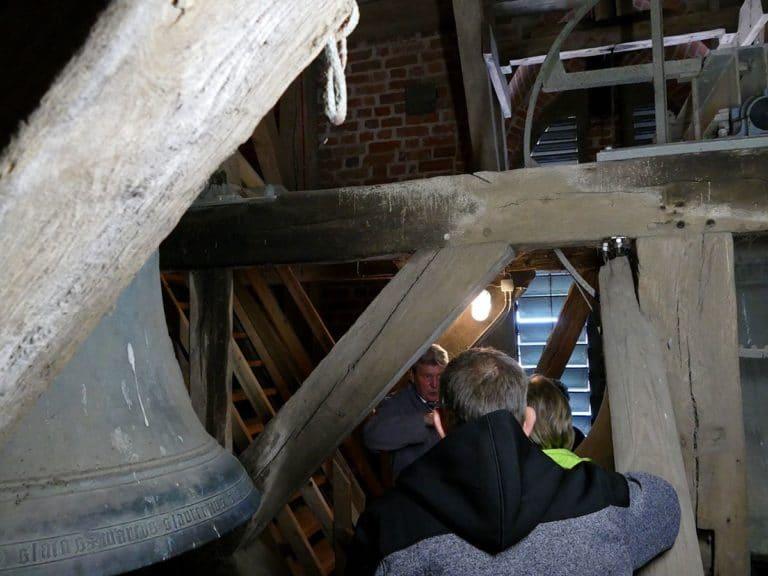 Besucher des Glockenturms auf Fehmarn