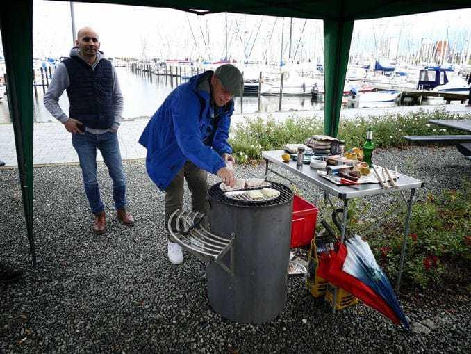 Rudi von SUMAGO am Grillplatz