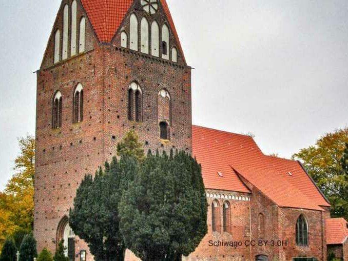 Proseken-Kirche-678x509 Ostsee Urlaub in Gägelow 🇩🇪 Urlaubsorte