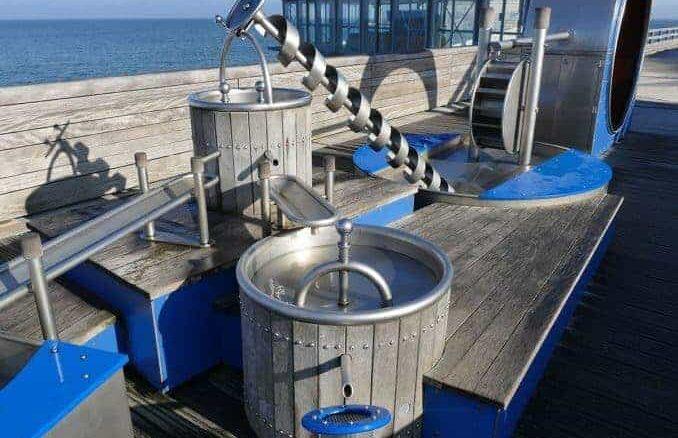 Wasserspiel auf der Seebrücke