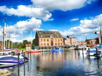 Hafen Orth auf Fehmarn 🇩🇪 Ausflugsziele