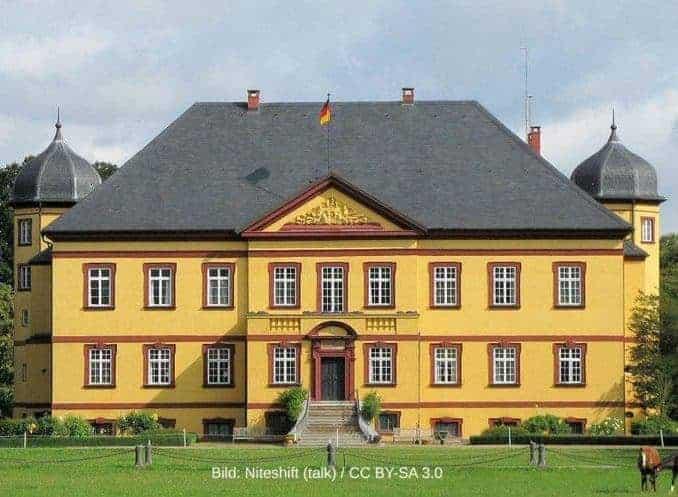 Herrenhaus-Satow-678x497 Urlaub in Satow nur 20km von Rostock 🇩🇪 Urlaubsorte