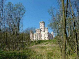 Jagdschloss-Granitz-Bild-026-326x245 Jagdschloss Granitz Rügen 🇩🇪 Ausflugsziele