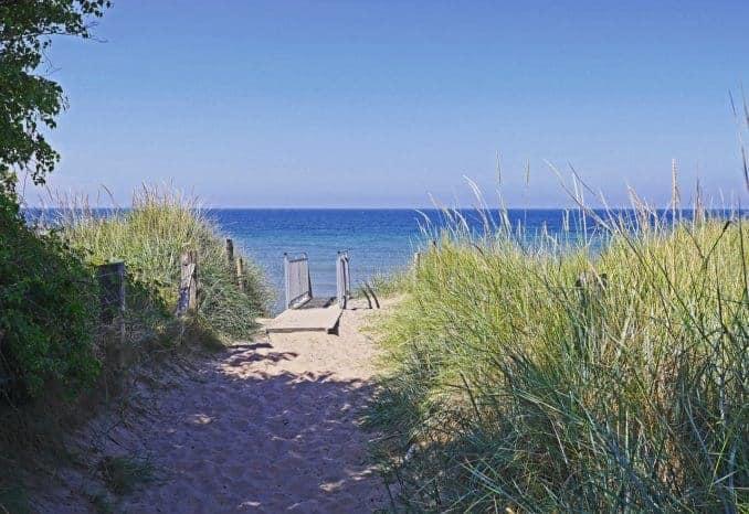 Strandzugang an der Ostsee / Rügen
