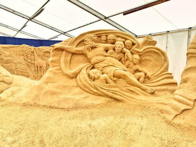 Sandskulpturen-Festival-Ruegen-2