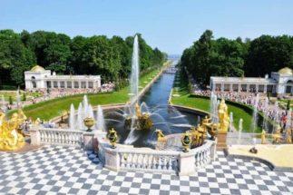 St-Petersburg-1-323x215 St. Petersburg - Russische Ostsee 🇷🇺 Urlaubsorte