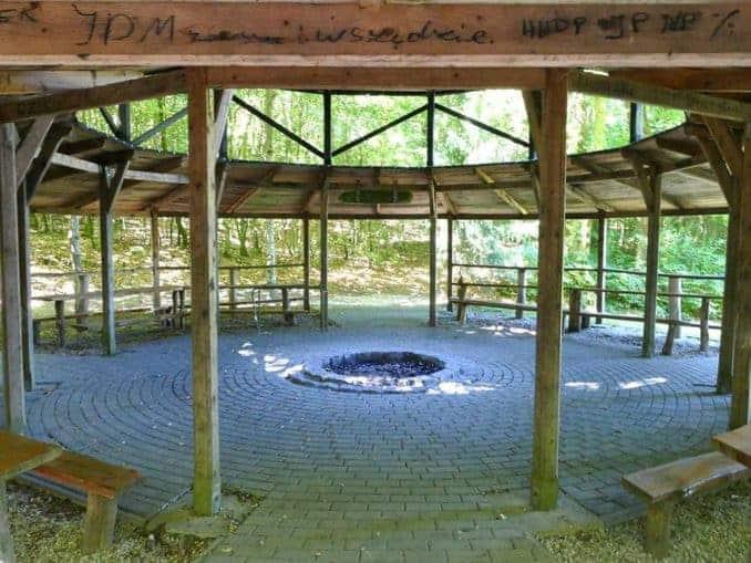 Feuerstelle auf dem Bismark Landgut Vanzin