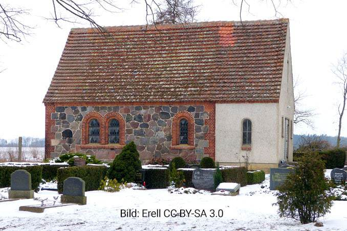 Kapelle Leussin im Winter