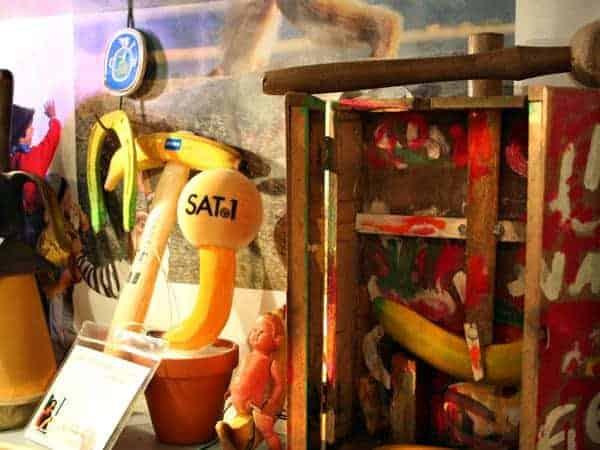 Bananen-Mikro von Sat1 im Bananenmuseum Sierksdorf