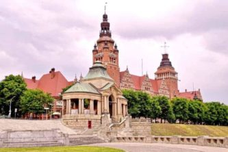 stettin-bauwerk-333x222 Urlaub in Stettin (Szczecin) 🇵🇱 Urlaubsorte