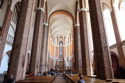 stettin-kirche-2-433x289 Urlaub in Stettin (Szczecin) 🇵🇱 Urlaubsorte