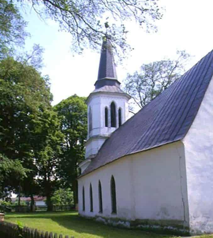 Kirche-Heilige-Maria Urlaub in Karsibór (Kaseburg) Polnische Ostsee 🇩🇪 Deutsche Ostsee