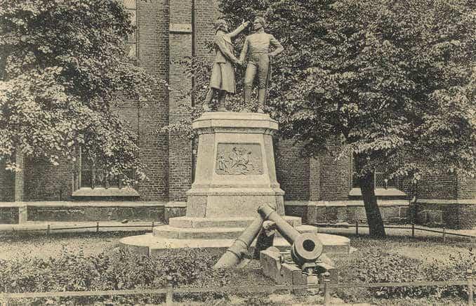 Nettelbeck-Gneisenau-Denkmal Bild: Peter Wittgens CC BY-SA 3.0