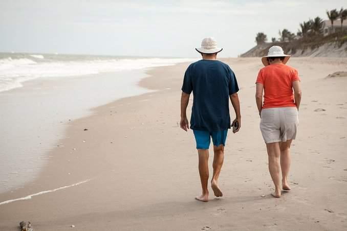 Paar an der Ostsee